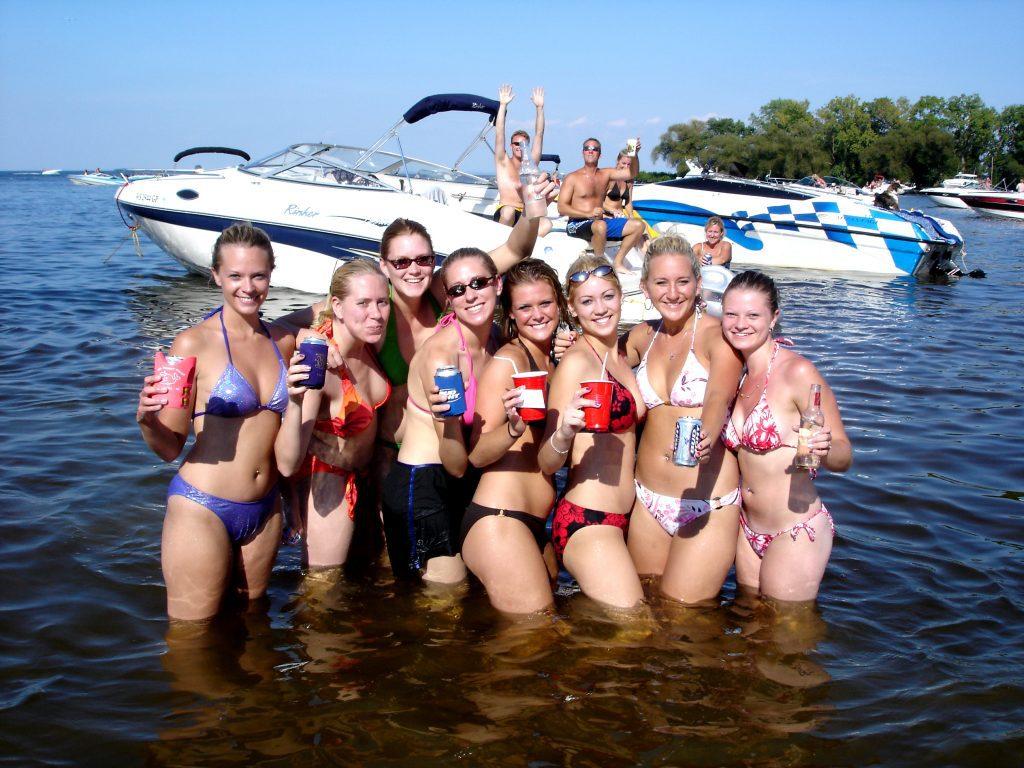 Hot Bikinis on Lake 1