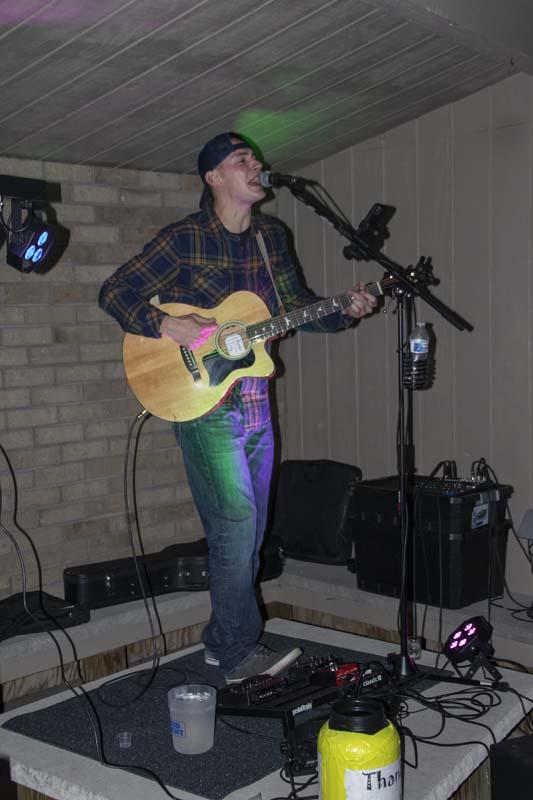 Dustin Lee at Flagstone Thursday Night Live Music 46