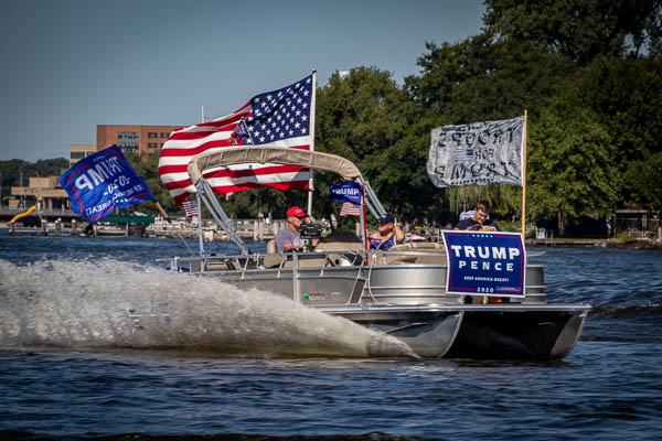 Trump Boat Parade 13