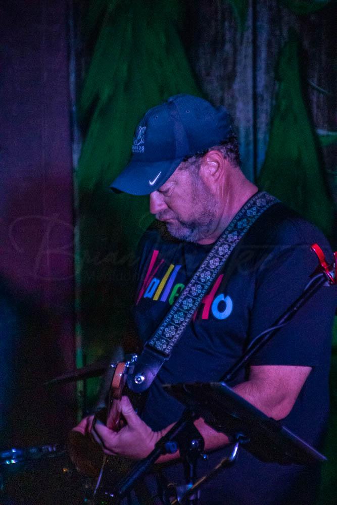 Kips Jones Band 9